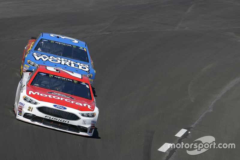 Ryan Newman, Richard Childress Racing, Chevrolet; David Ragan, Front Row Motorsports, Ford