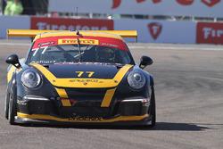 #77 Calvert Dynamics, Porsche 911 GT3 Cup: Preston Calvert