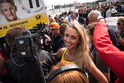 Grid girl, Max Verstappen, F1, Red Bull Racing
