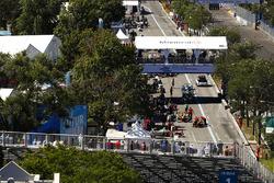 L'équipe Abt Audi se prépare dans les stands