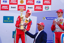 Podium: race winner Mick Schumacher