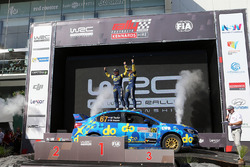Podio 1° Australiano: Molly Taylor, Bill Hayes, Subaru Impreza WRX STI