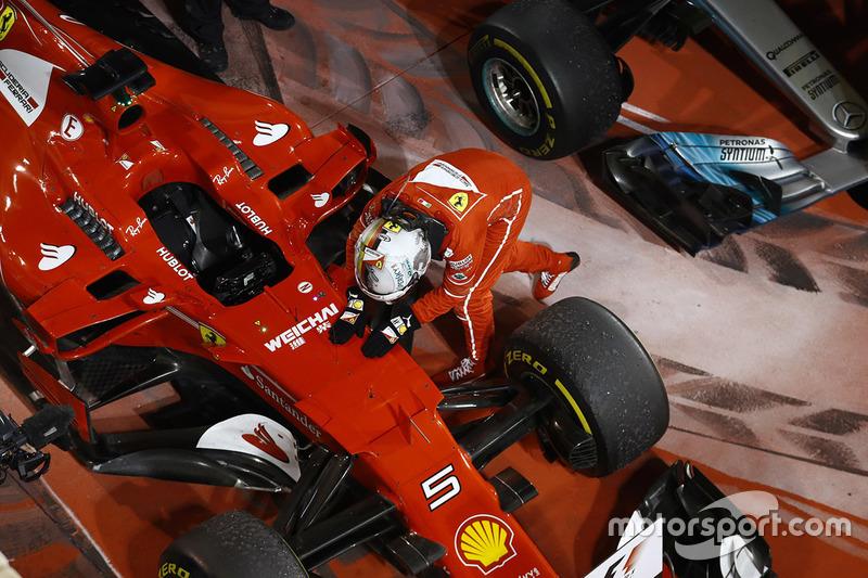 Le vainqueur Sebastian Vettel, Ferrari SF70H