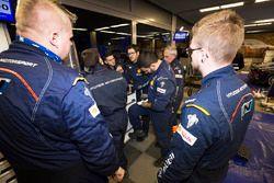 Hyundai Motorsport team members