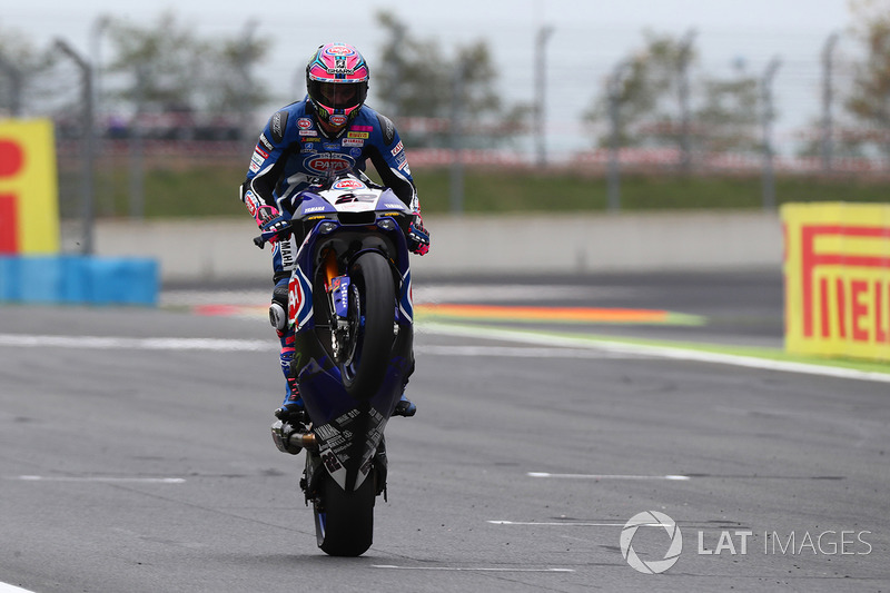 Second place Alex Lowes, Pata Yamaha