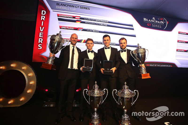 Pilotos 2016, Dominik Baumann, Maximilian Buhk, campeón, Rob Bell, segundo lugar, Laurens Vanthoor,