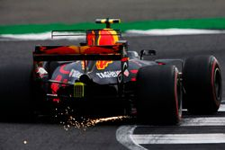 Max Verstappen, Red Bull Racing RB13, throws up some sparks