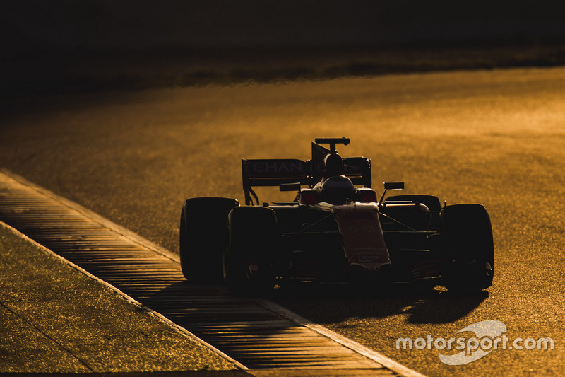 Lundi : Fernando Alonso, McLaren