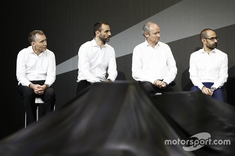 Die leitenden Angestellten des Renault F1 Teams