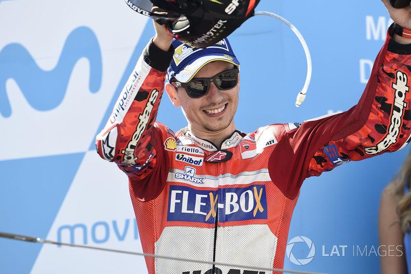 Podium: Peringkat ketiga, Jorge Lorenzo, Ducati Team