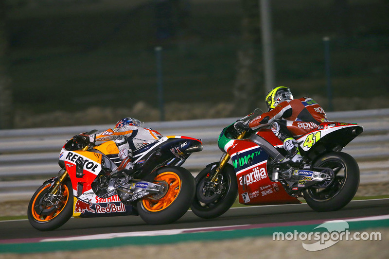 Dani Pedrosa, Repsol Honda Team; Aleix Espargaro, Aprilia Racing Team Gresini