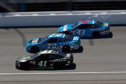 Kurt Busch, Stewart-Haas Racing Ford Cole Whitt, TriStar Motorsports Chevrolet Darrell Wallace Jr.,