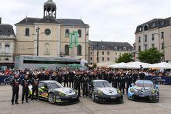 №93 Proton Competition Porsche 911 RSR: Патрик Лонг, Абдулазиз Аль-Файсаль, Майк Хедлунд; №88 Proton