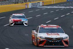 Matt Kenseth, Joe Gibbs Racing Toyota Denny Hamlin, Joe Gibbs Racing Toyota
