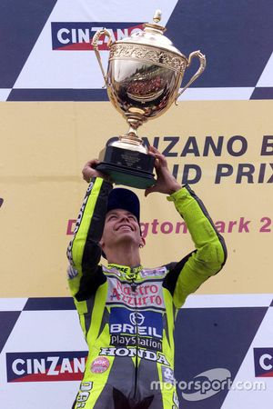 Podyum: Yarış galibi Valentino Rossi, Honda