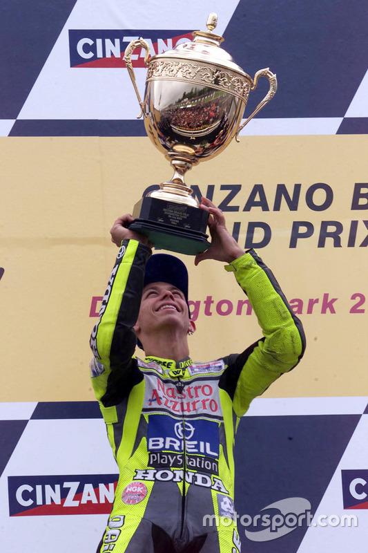 Podio: ganador de la carrera Valentino Rossi, Honda