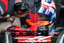 Перчатки Ромена Грожана, Haas F1 Team