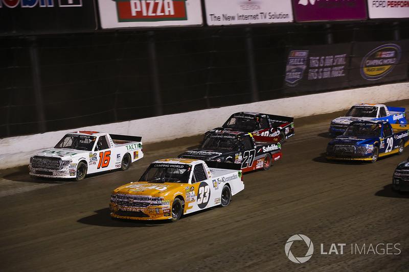 Kaz Grala, GMS Racing Chevrolet, Ryan Truex, Hattori Racing Enterprises Toyota, Ben Rhodes, ThorSport Racing Toyota