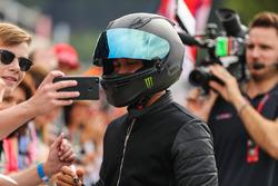 Lewis Hamilton, Mercedes AMG F1, avec les fans