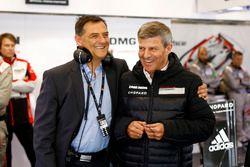 Fritz Enzinger, Porsche Team, LMP1-Leiter, mit Michael Steiner, Porsche