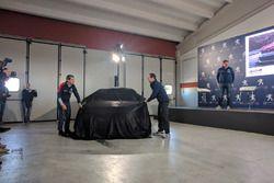 Stefano Accorsi svela la Peugeot 308 Racing Cup