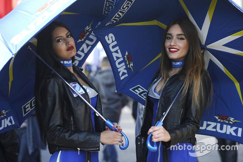 Hot Team Suzuki Ecstar MotoGP girls