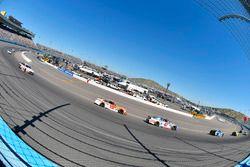 A.J. Allmendinger, JTG Daugherty Racing Chevrolet, Daniel Suarez, Joe Gibbs Racing Toyota