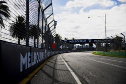 Détails de la piste, avec le logo de Melbourne