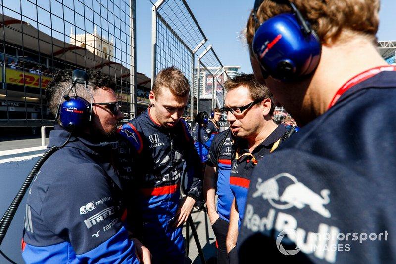 Daniil Kvyat, Toro Rosso, on the grid