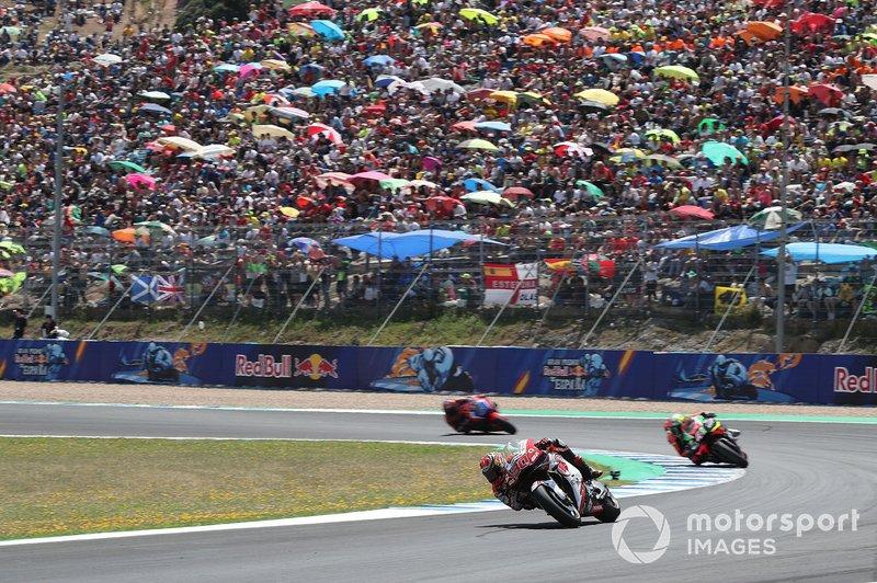 MotoGP se vio obligada a aplazar el GP de España, que iba a ser la apertura del calendario tras las modificaciones anteriores (3 de mayo), aunque todavía no le ha encontrado fecha