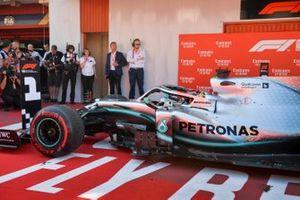 Race Winner Lewis Hamilton, Mercedes AMG F1 W10 drives into Parc Ferme