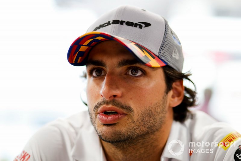 Carlos Sainz Jr., McLaren parla ai media