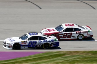 Cole Custer, Stewart-Haas Racing, Ford Mustang Jacob Companies Austin Cindric, Team Penske, Ford Mustang LTi Printing