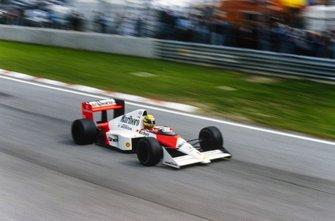 Restart zum GP San Marino 1989 in Imola: Ayrton Senna, McLaren MP4/5; Alain Prost, McLaren MP4/5