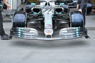 Front wing of Valtteri Bottas, Mercedes AMG W10
