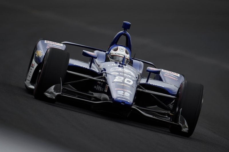 2º: #20 Ed Carpenter, Preferred Freezer Services, Ed Carpenter Racing Chevrolet: 229.889 mph