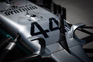 Mercedes AMG F1 W10 front detail