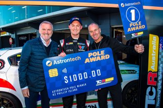 Pole sitter Dylan O'Keeffe, Ashley Seward Motorsport Alfa Romeo Giulietta