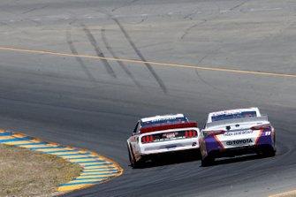 Denny Hamlin, Joe Gibbs Racing, Toyota Camry FedEx Ground Brad Keselowski, Team Penske, Ford Mustang America's Tire