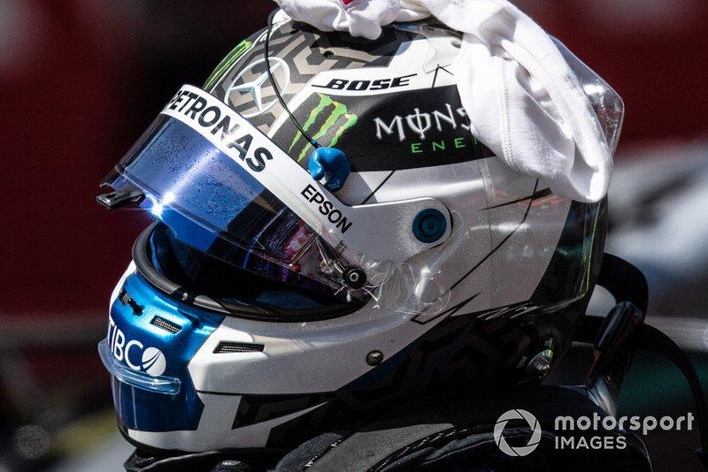 Le casque du poleman Valtteri Bottas, Mercedes AMG F1
