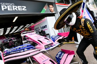 Mario Achi, Mexican GP Promoter outside the garage of Sergio Perez, Racing Point