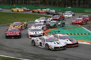 #44 Ferrari 488, Formula Racing: Jens Liebhauser e #81 Ferrari 488, Octane 126: Fabienne Wohlwend