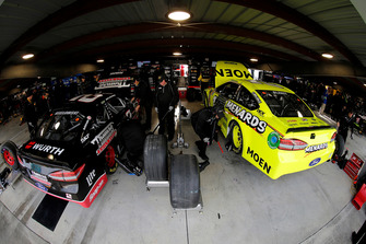 Ryan Blaney, Team Penske, Ford Fusion Menards/Moen. Brad Keselowski, Team Penske, Ford Fusion Thomas Built Buses