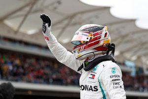 Zdobywca pole position Lewis Hamilton, Mercedes AMG F1