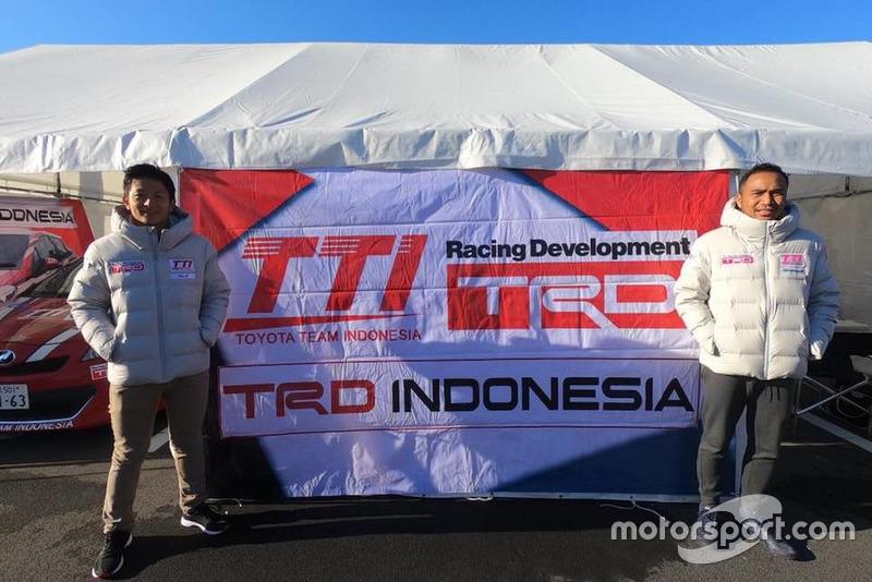 Rio Haryanto, Hari Darma Manoppo, Toyota Team Indonesia