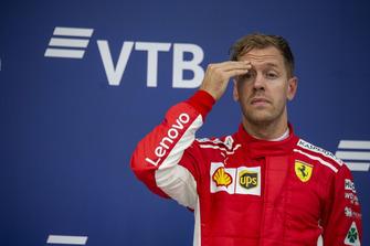 Sebastian Vettel, Ferrari, na podium
