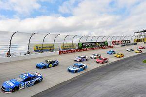 Ricky Stenhouse Jr., Roush Fenway Racing, Ford Fusion Fastenal e William Byron, Hendrick Motorsports, Chevrolet Camaro Hendrick Autoguard