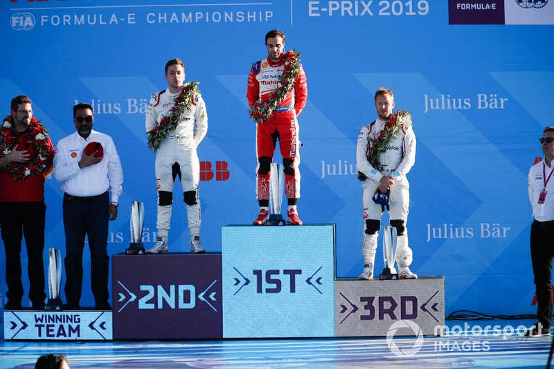Robin Frijns, Envision Virgin Racing, 2° classificato, Jérôme d'Ambrosio, Mahindra Racing, 1° classificato, Sam Bird, Envision Virgin Racing, 3° classificato, sul podio