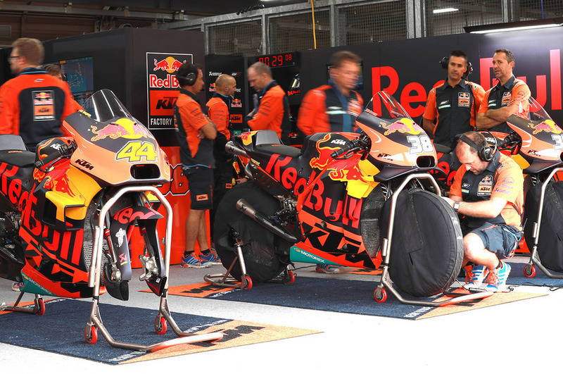 Red Bull KTM Factory Racing, box