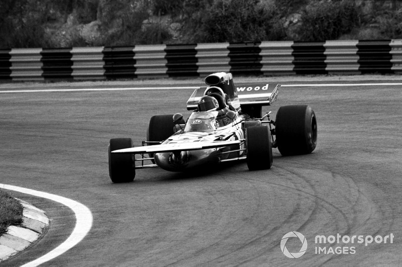 Até hoje foram disputados 47 GPs do Brasil de Fórmula 1, de maneira ininterrupta. A edição inaugural, em 1972, vencida pelo argentino Carlos Reutemann, não valeu pontos para o campeonato daquele ano. Na foto, Luiz Pereira Bueno, sexto colocado.